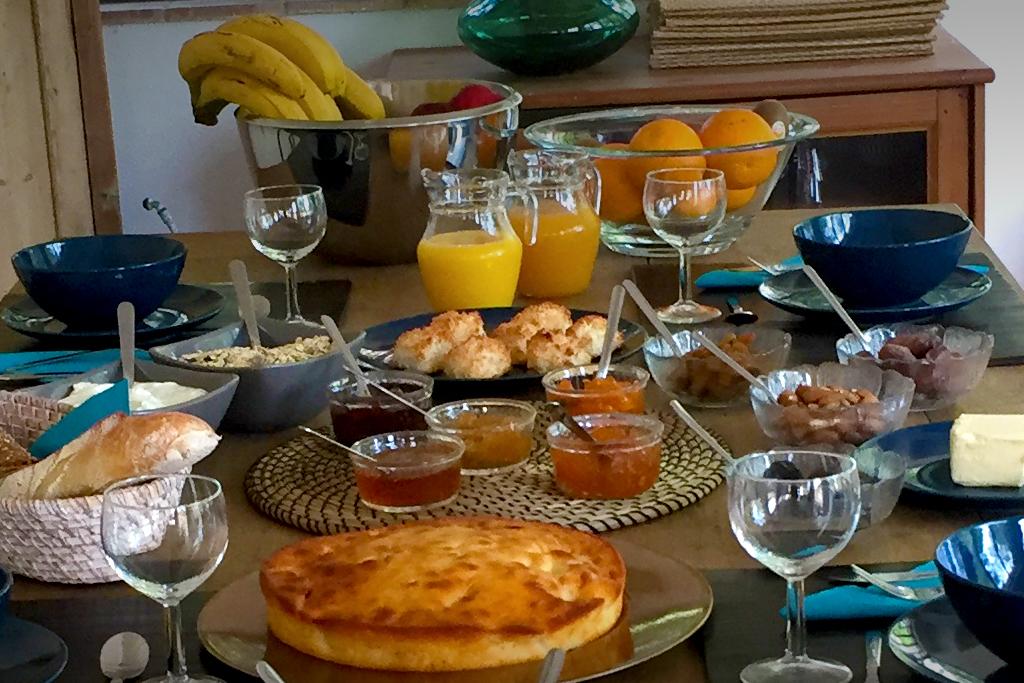 Les petits déjeuner à l'Auberge d'Eva de Saint-Tropez